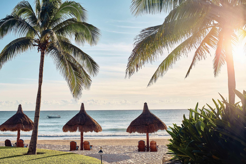 夏日海灘趣—重度時尚迷該入手的海灘單品