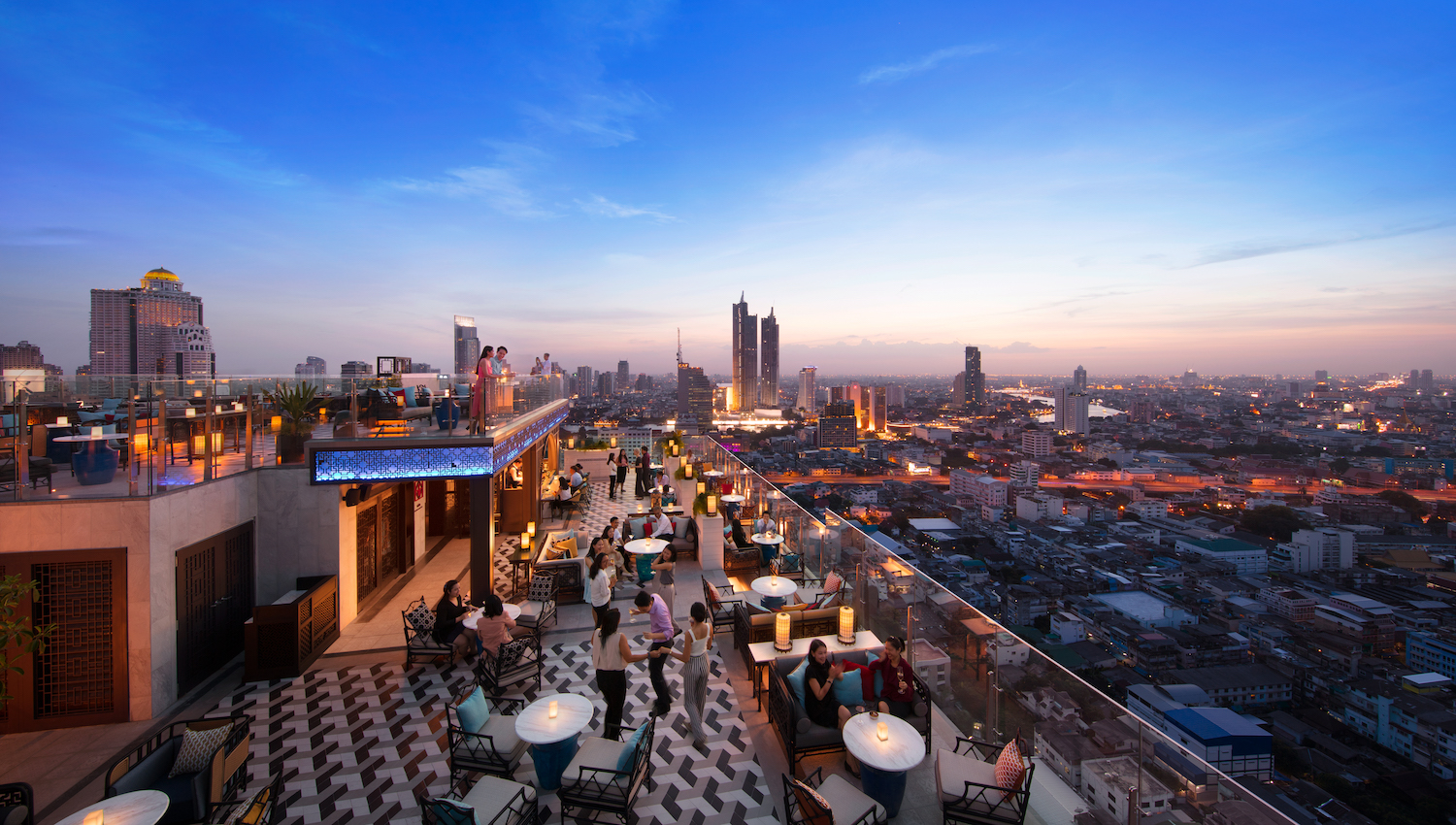 8 Reasons to Visit Yào Restaurant and Rooftop Bar