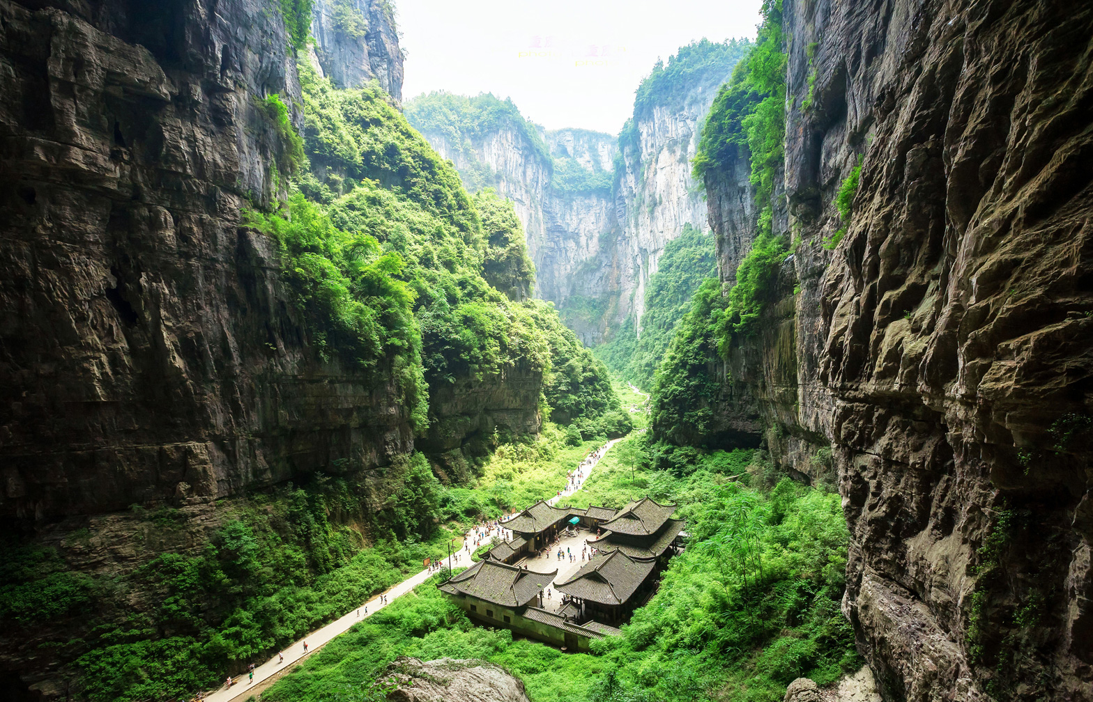 These destinations in Chongqing offer snapshots of China's past