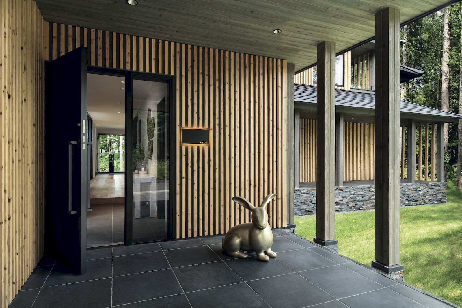Jade Kua takes us on a tour of The Ginto Residences in Niseko, Japan