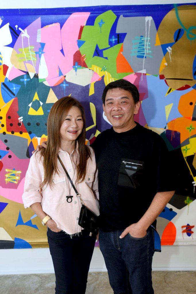 Chan Kok Weng and Elaine Lim-Chan hosted a reception for artist Cyril Kongo
