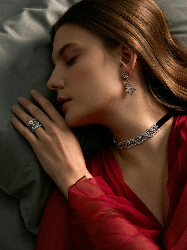 Versatile and Divine Jewels
