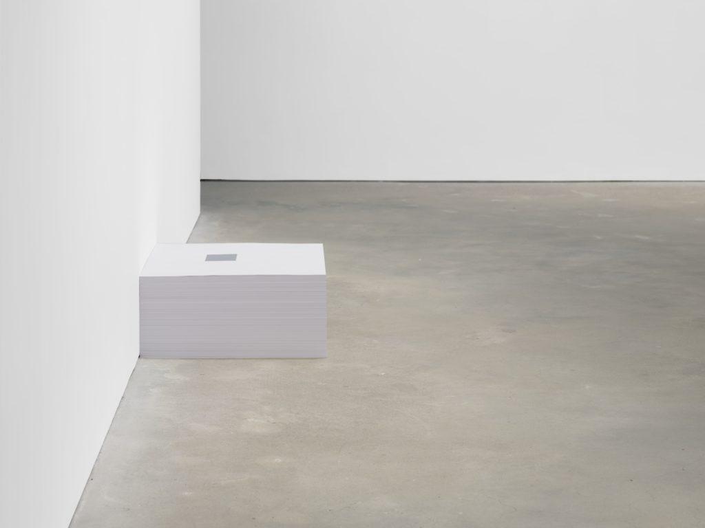 """Untitled"" (Ross in L.A.) 1991, Print on paper, endless copies © Felix Gonzalez-Torres"