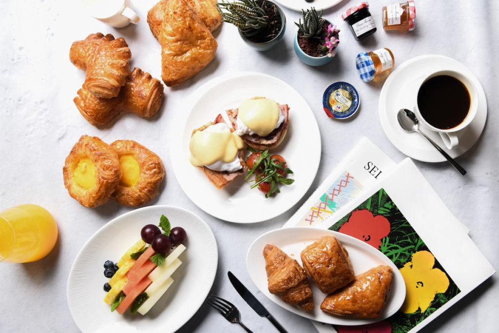 hotel breakfasts in Hong Kong