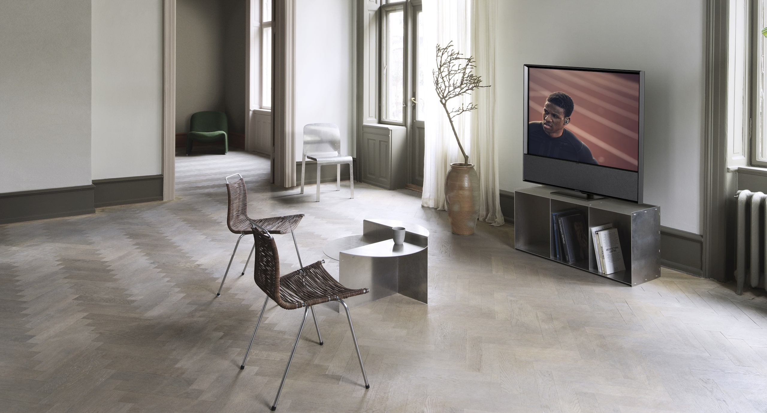 5 New Tech Items To Buy Now - Bang & Olufsen Beovision Contour