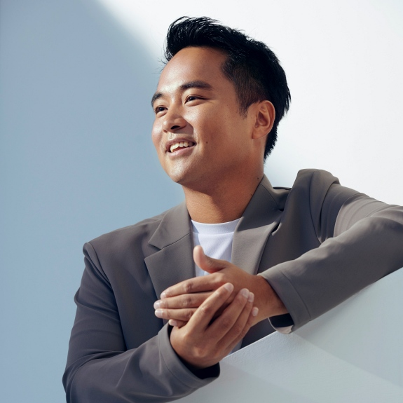 Jonathan Song