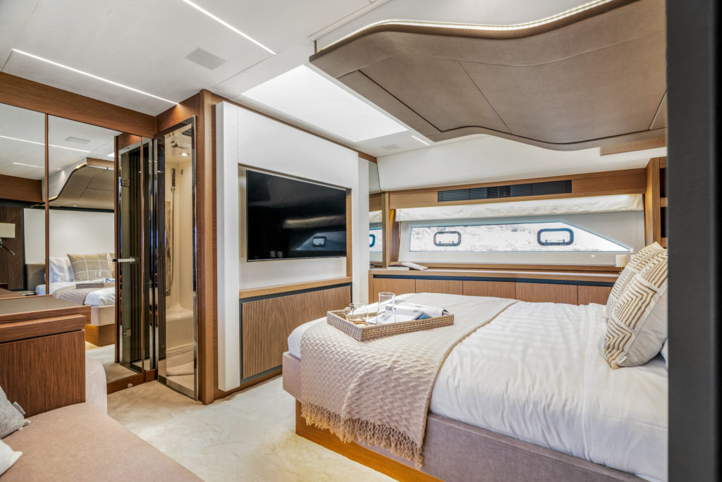 Prestige Yachts X70 Flagship Master Stateroom