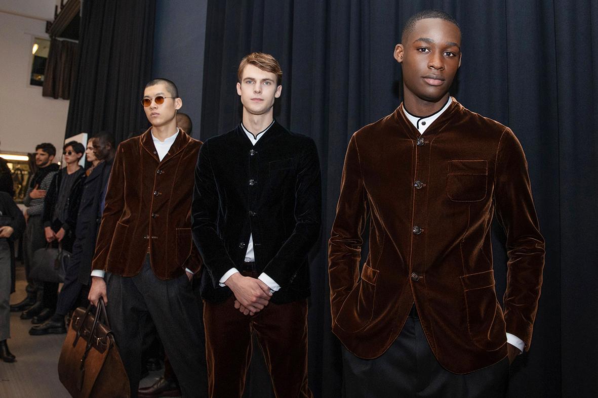 Inside Giorgio Armani New Alluring Eveningwear Pieces
