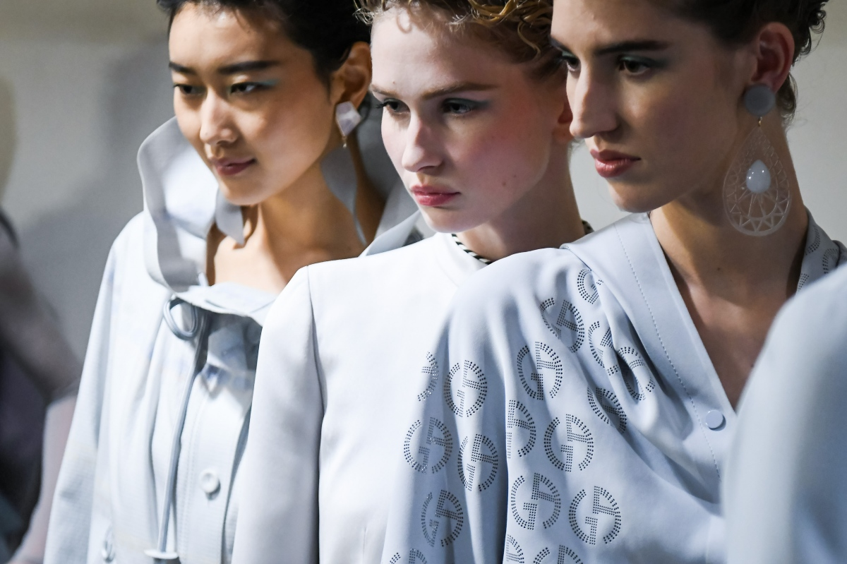 Kicking It Back Old-School with Giorgio Armani Women Spring/Summer 2022