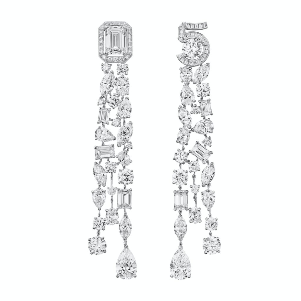 Chanel Collection N°5 earrings