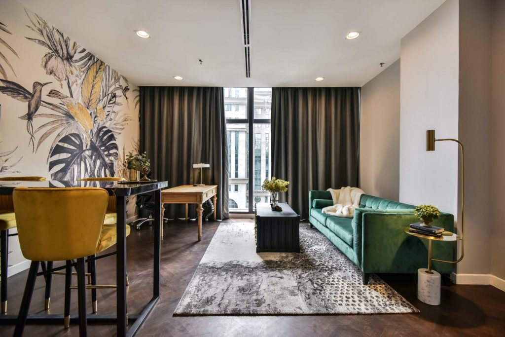 Colony Luxe Suite