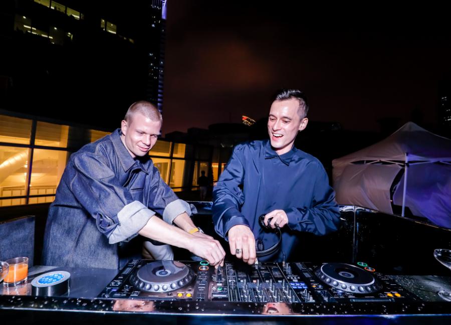 DJ sets by Frau and Thomas Bray