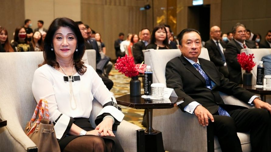 From left to right: Datin Sue Lim with Dato' Tan Boon Hock, the founder of Optimax (Photo: Optimax)