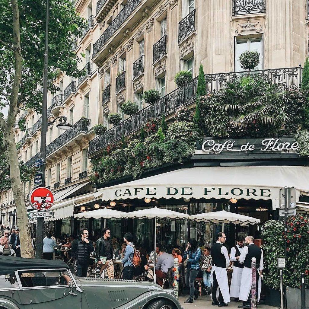 famous cafes - Café de Flore
