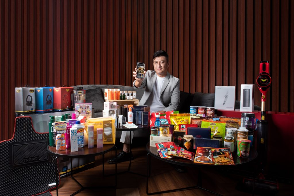 Andy Goh showcases a wide array of products available on MeCan Trade