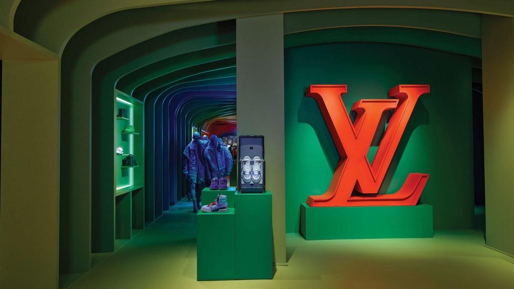 Louis Vuitton: 'Walk in the Park'