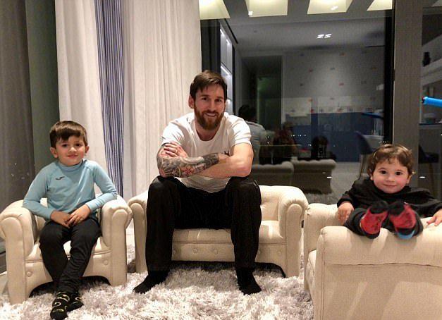Lionel Messi home