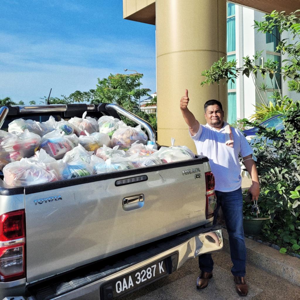 Kuching Food Aid