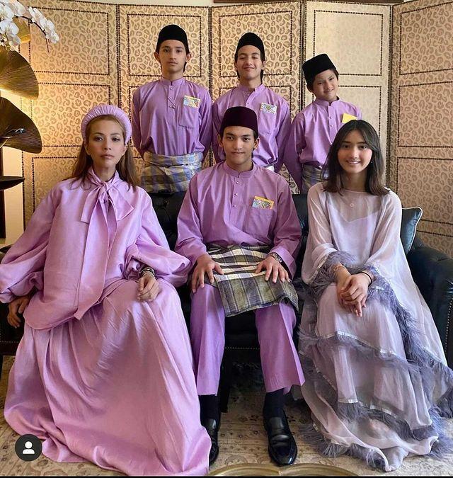 Tengku Ezurin Khyra