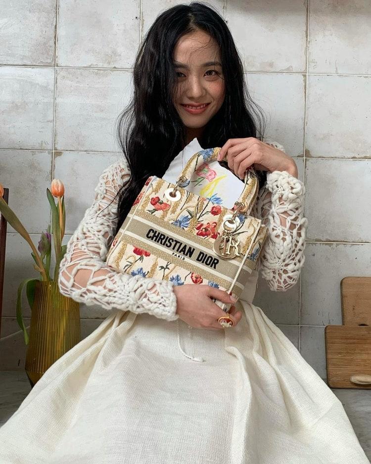 Jisoo fashion