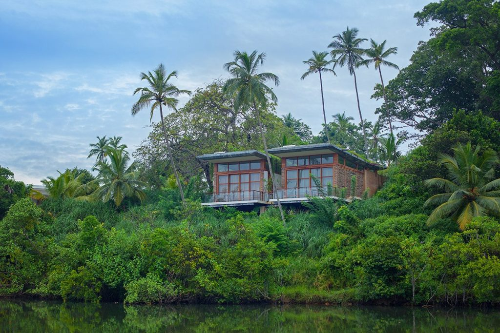 Tri, Sri Lanka