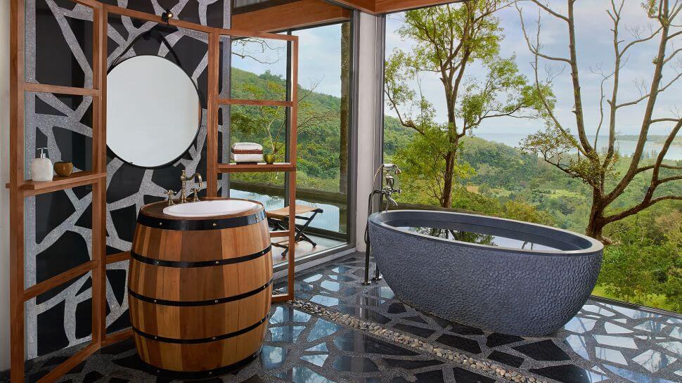 beautiful hotel bathrooms