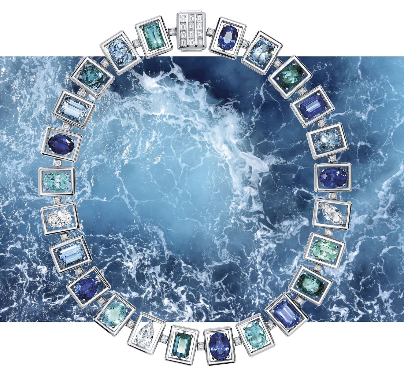 8 precious blue jewellery pieces you'll love