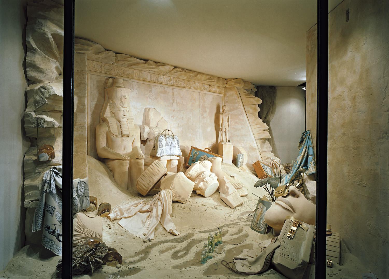 Vitrine Faubourg Saint-Honor, 2005 (Image credit: Quentin Bertoux/Hermès)