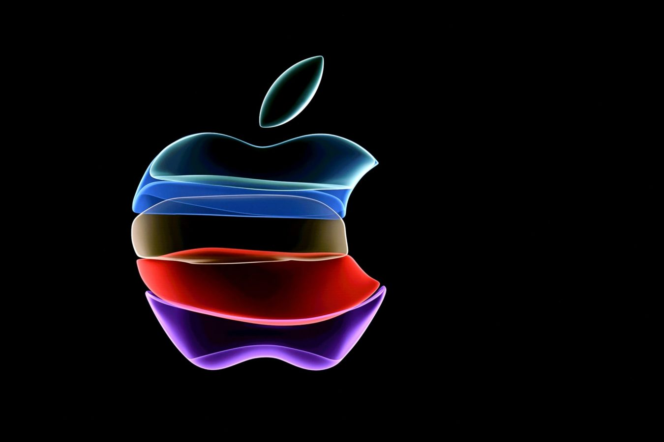 Apple bundles TV, music, news and more in services push