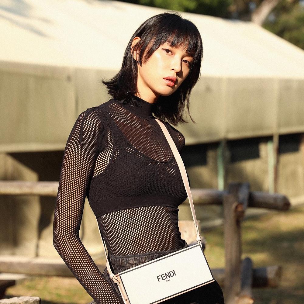 Model Louise Wong