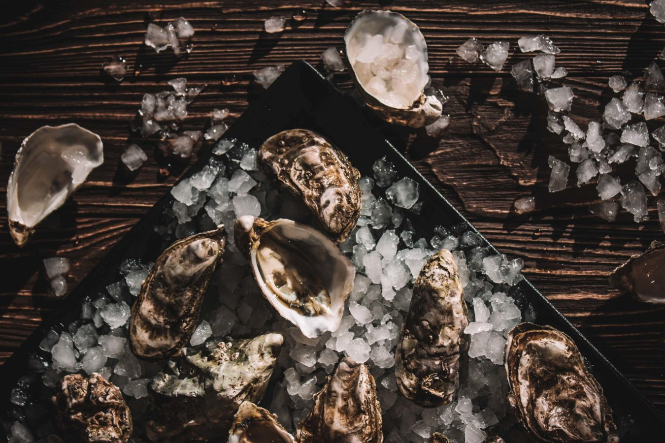 A beginner's guide to oysters: Types and what to drink with