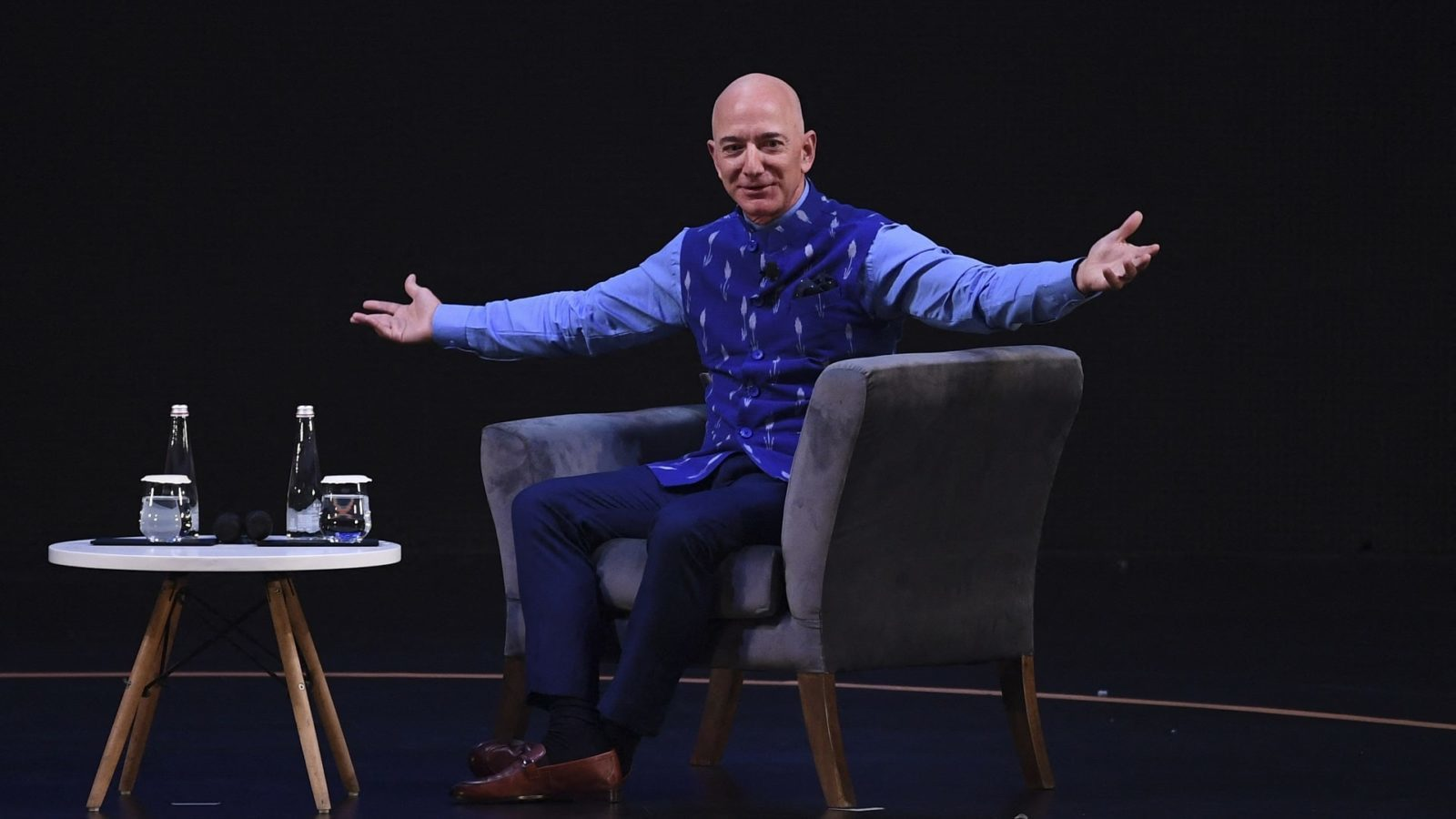 Private jets and swanky houses: Expensive things Jeff Bezos own