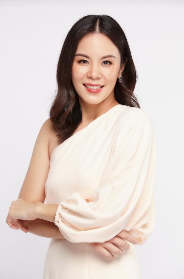 Industry Insider: Meet Leading Dermatologist Dr. Pamela Chayavichitsilp