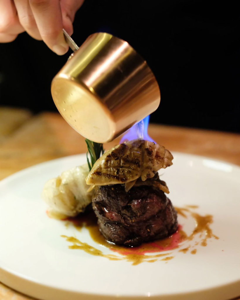 Conti - Steak flambe