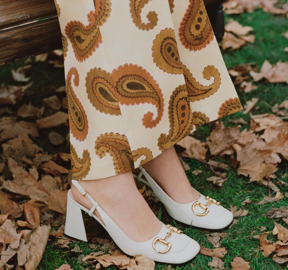 Gucci shoes - Women's mid-heel pump with Horsebit