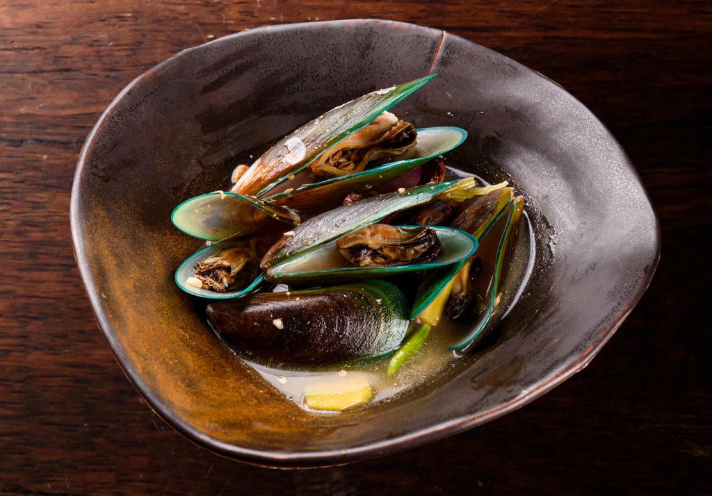 Mussels Arundina