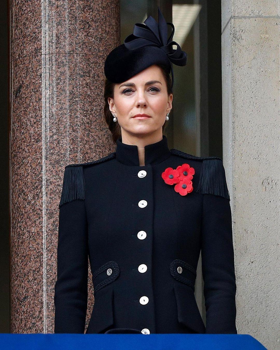 royals fashion