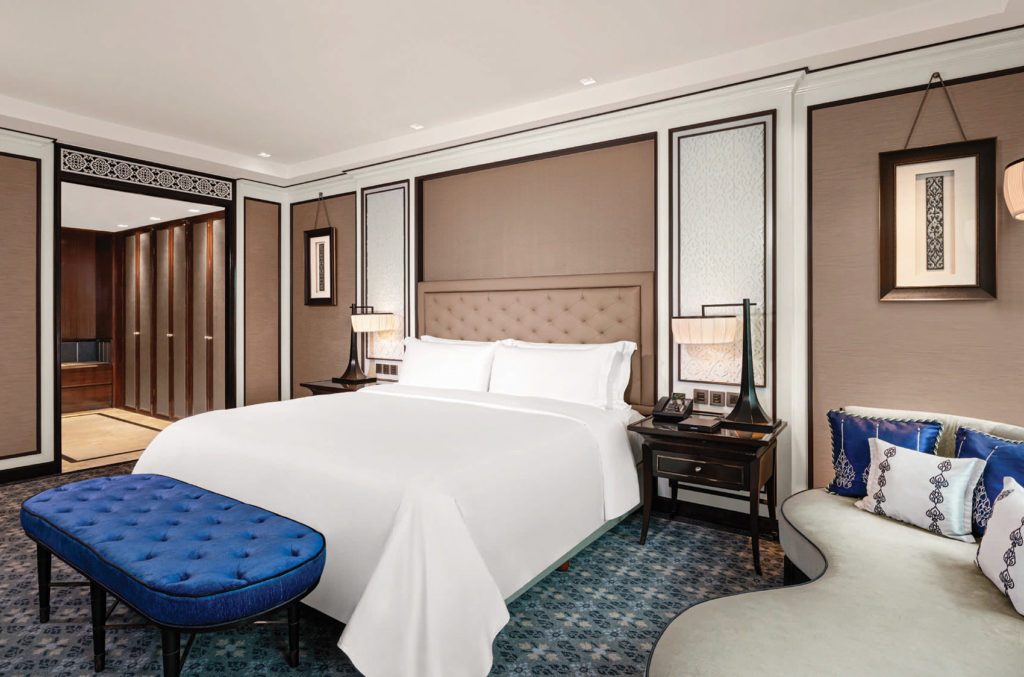 Royal Club Suite Room, The Athenee