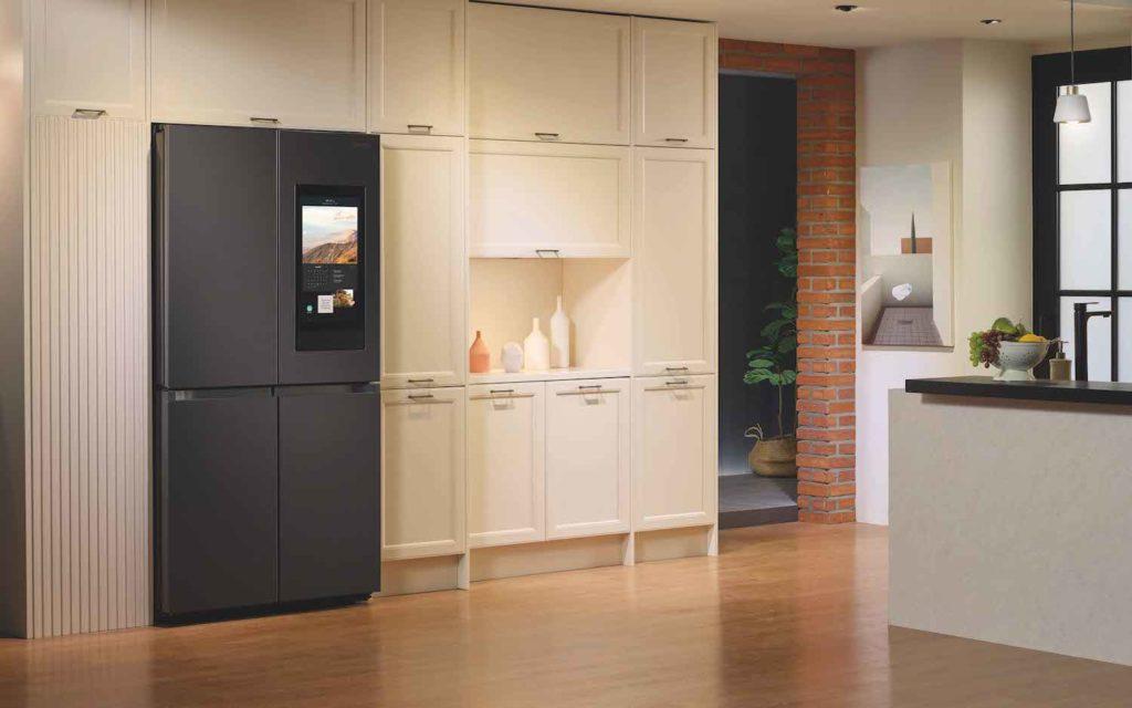 The 4-Door Flex Refrigerator Series Gadget
