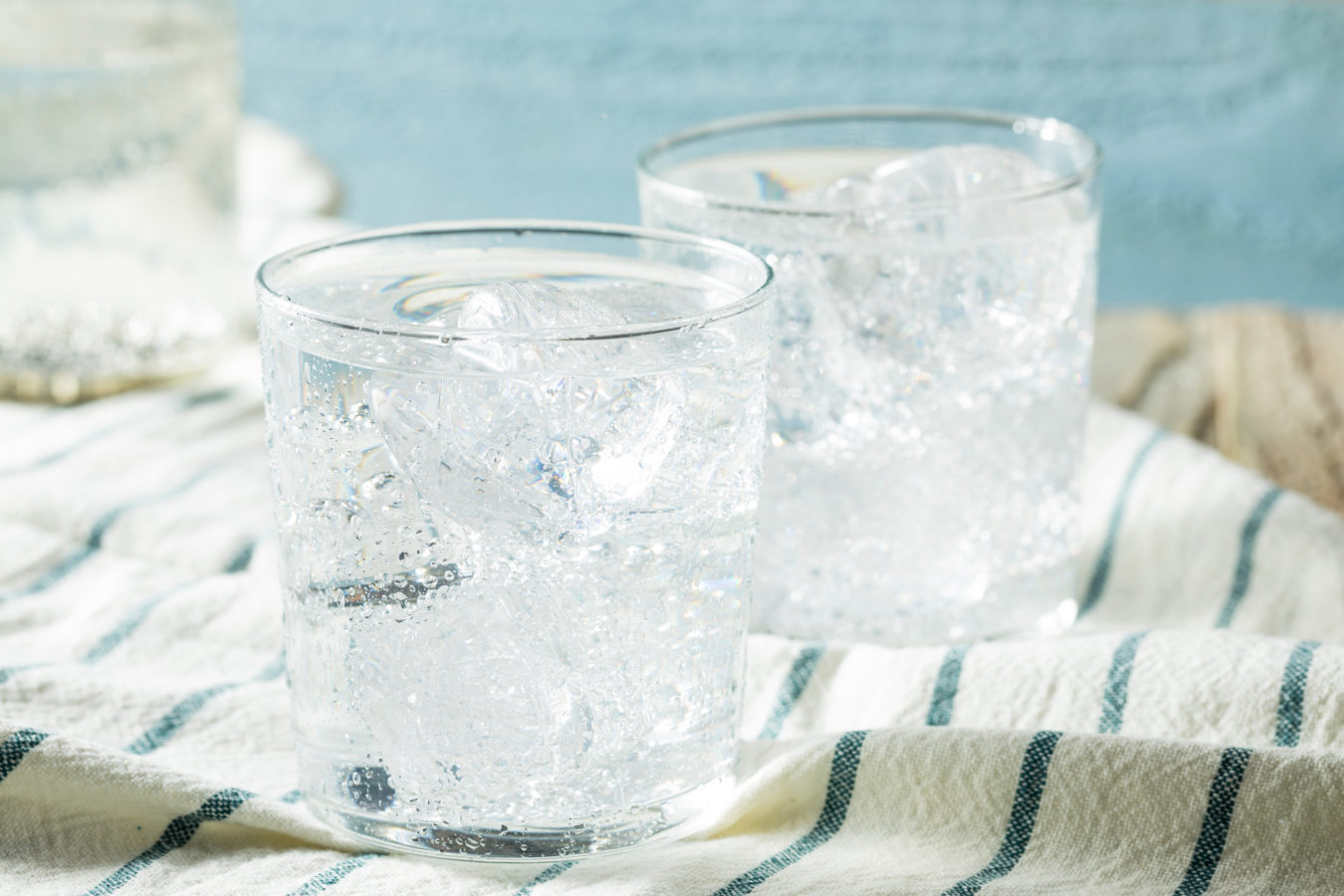 Why Seltzer is Better for You Than Club Soda