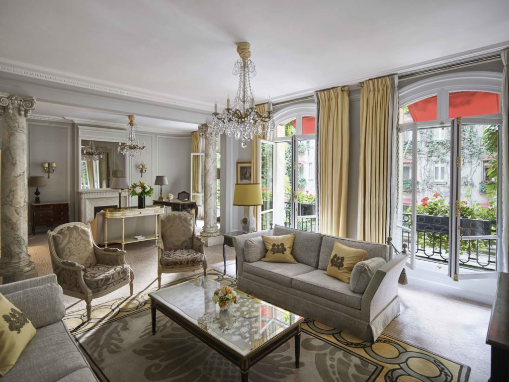 luxury residences the presidential suite hotel plaza athenee
