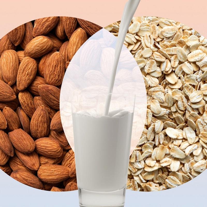 The Ultimate Guide to Oat Milk vs Almond Milk