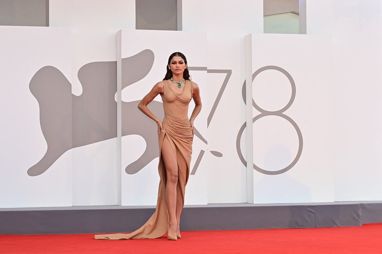 Venice Film Festival 2021: the best looks from the red carpet