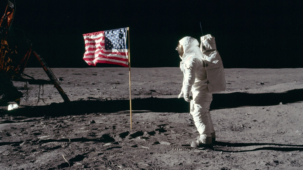 Iconic Moments In Space History From Sputnik 1 To Space X